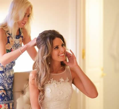 Jacinta Lennox mobile wedding hairdresser Sunshine Coast