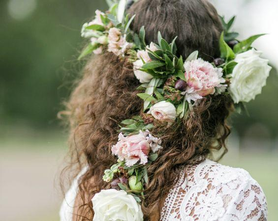 floral crown wedding hairstylist sunshine coast